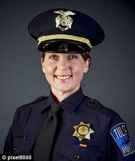 38A6386600000578-3802964-Betty_Shelby_has_been_charged_with_first_degree_manslaughter_aft-m-33_1474577975885